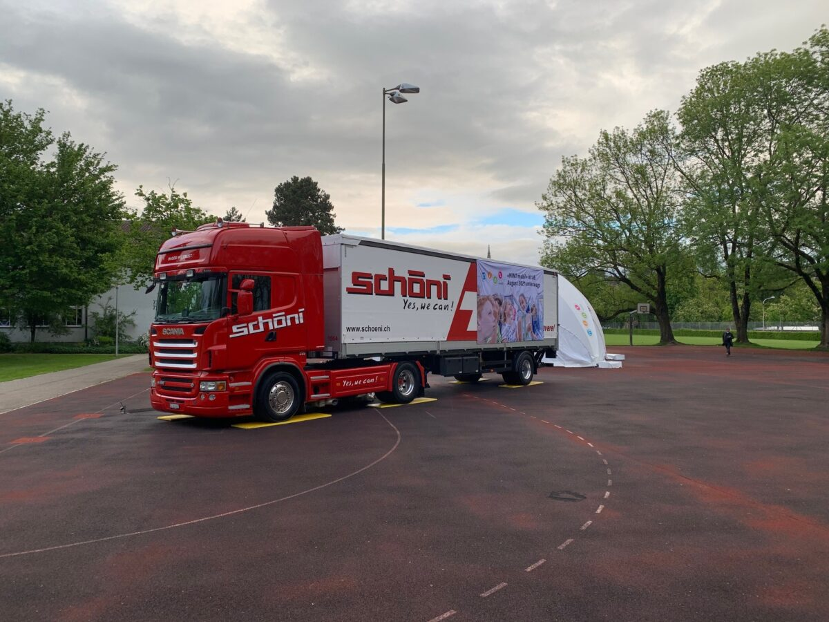 Schöni Transport Lastwagen Mint